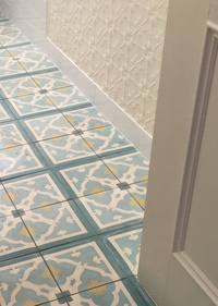 Decorative Bathroom Floor