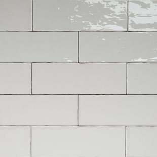 Handmade White Gloss Natura Wall Subway Tiles 396×130 in Stretcher Bond Design